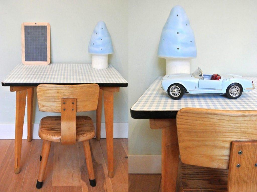 vintage houten tafeltje met stoeltje: 65 euro | haskesommers@gmail.com