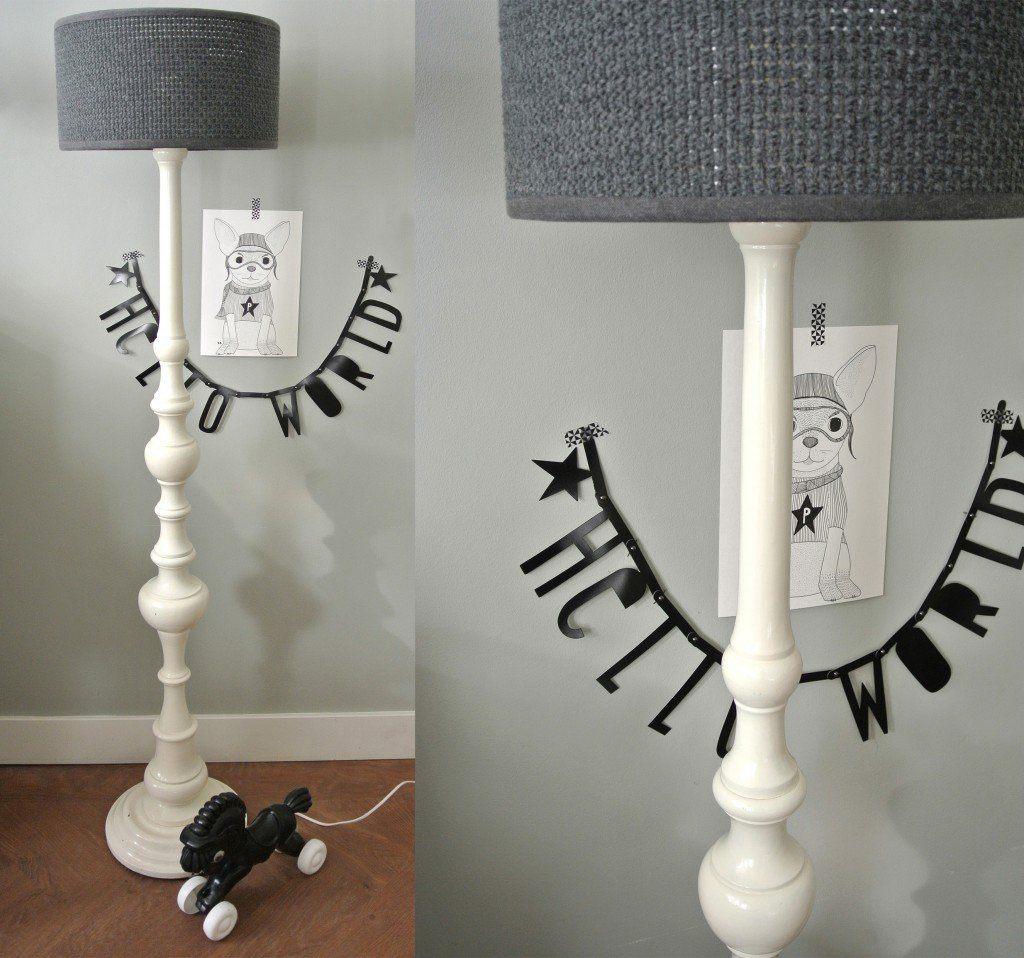 vintage staande lamp kinderkamer te koop: Voet inclusief kap samen voor 79 euro. Interesse? mail dan naar: haskesommers@gmail.com | op te halen in Amsterdam