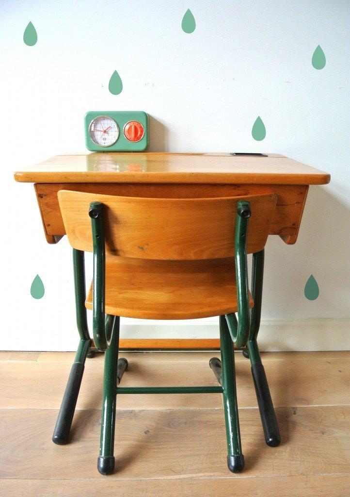 vintage kinderbureautje: 79 euro, interesse? haskesommers@gmail.com | op te halen in Amsterdam