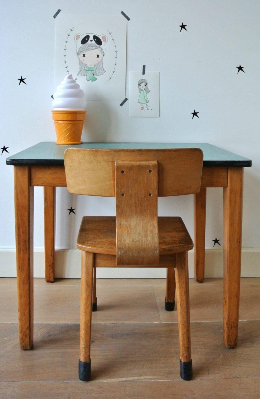 Houten schooltafeltje met stoel verkocht kinderkamervintage for Ikea houten stoel