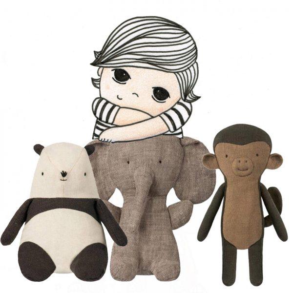 illustratie-jongen-knuffels-maileg-olifant-panda-aap