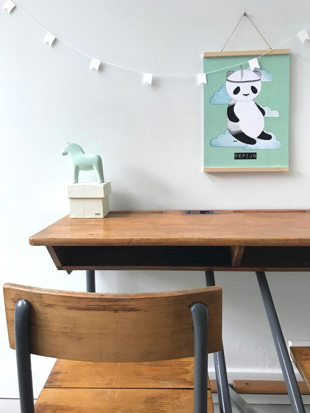 vintage bureautje - kinderkamervintage -hout