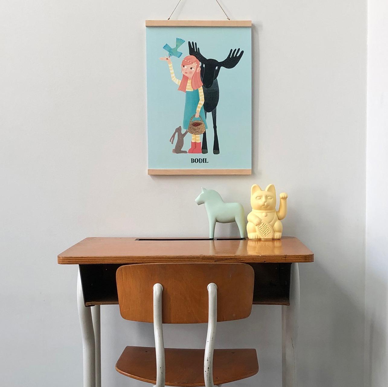 kinderkamervintage - vintage kinderbureautje - handmade poster met naam