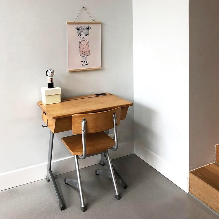 vintage klepbureau met stoeltje - kinderkamervintage